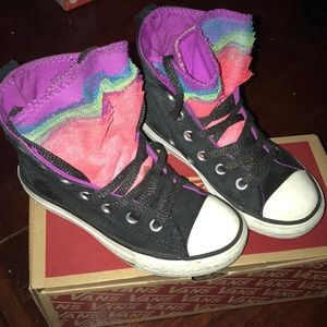 Converse little girls size:11